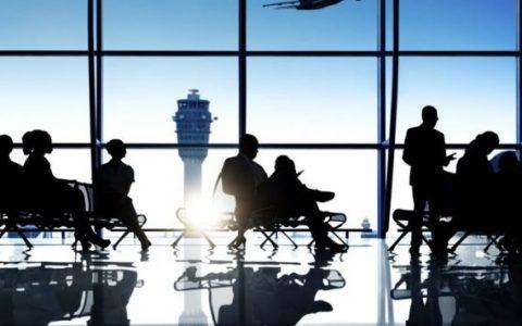 tiempo de espera en aeropuerto 1 480x300 - ¿Con cuánta antelación debo presentarme en el aeropuerto cuando voy a viajar?