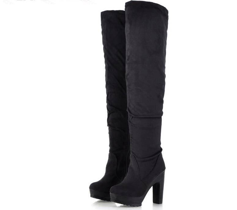 Botas altas negras 3 1 1 - Zapatos para lucir en la oficina