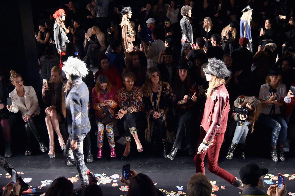 DESIGUAL NYFW AW17 FRONTROW 30 1024x680 - Desigual en New York Fashion Week 2017