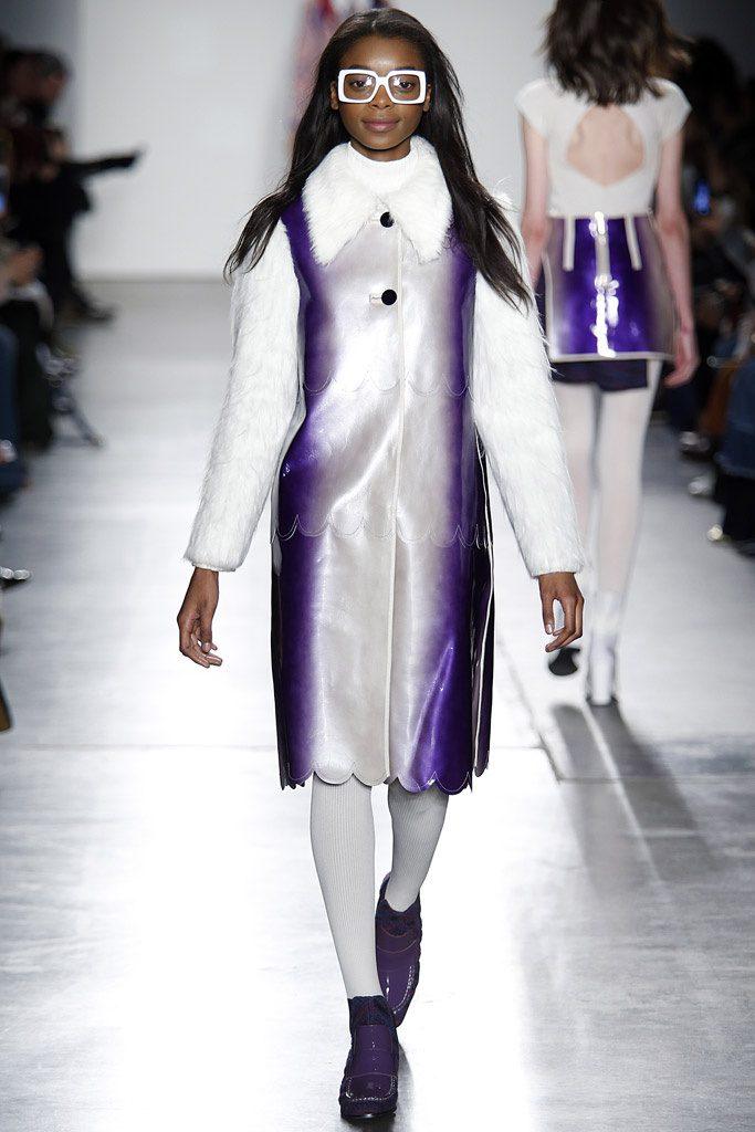 custo barcelona pasarela 819183428 683x 683x1024 - Custo Barcelona en New York Fashion Week 2017
