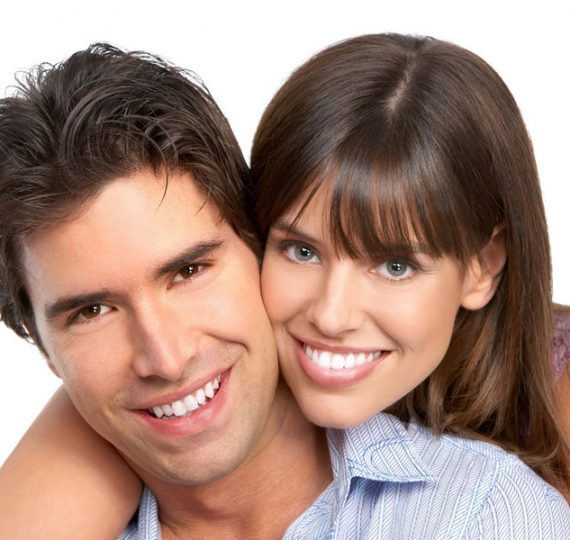 sonrisa blanca glamglam 570x540 1 - Dientes más blancos de forma natural