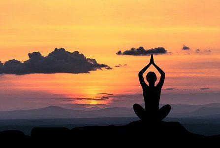 yoga 2 447x300 - 10 razones por las que debes practicar Yoga
